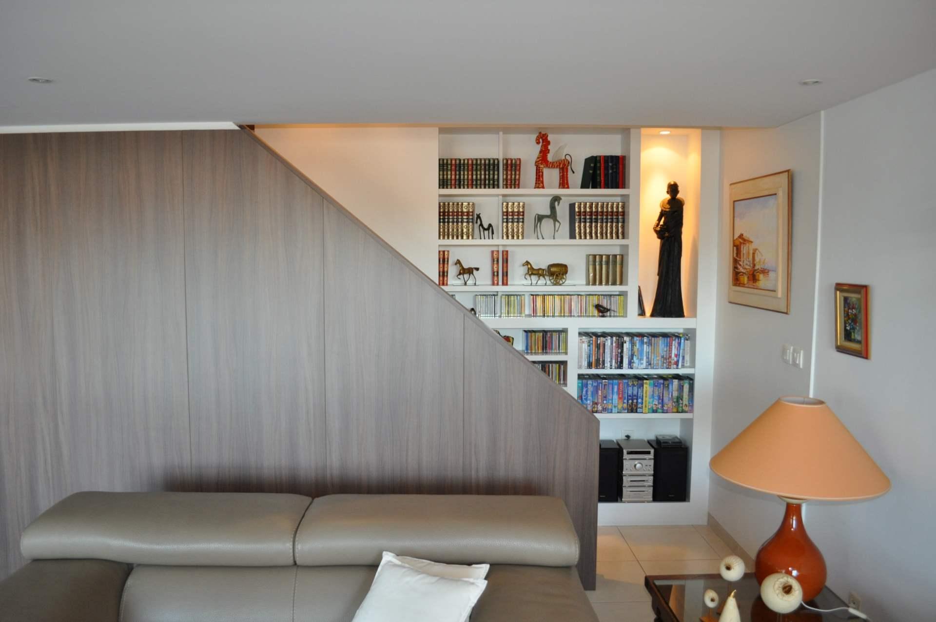 escalier bibliothèque
