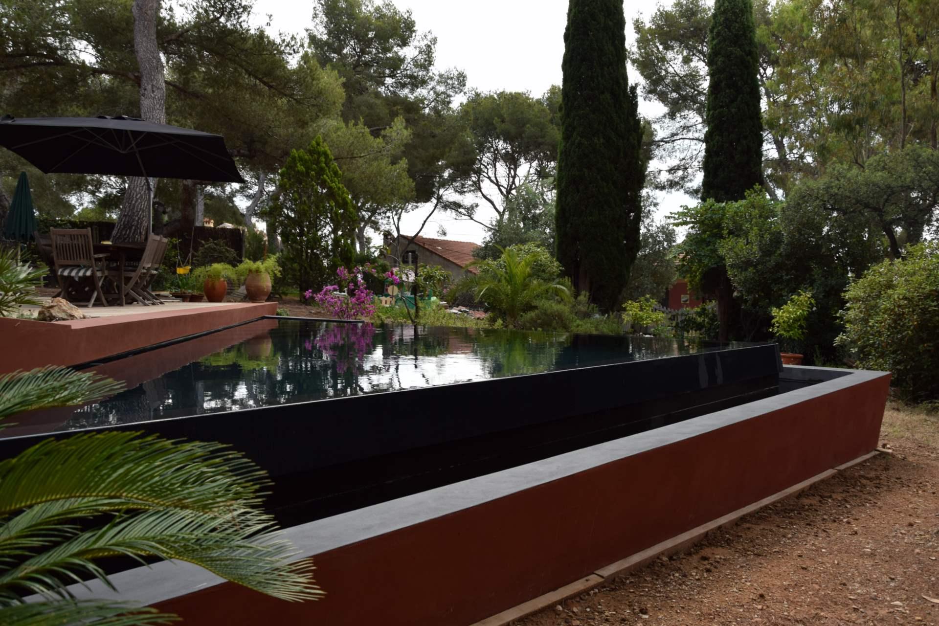 D co piscine debordement cotes besancon 13 piscine for Adresse piscine molitor
