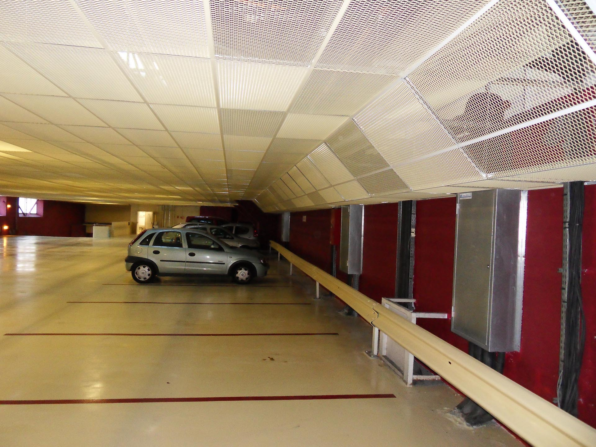 Architecte marseille am nagement int rieur d 39 un parking for Architecte amenagement interieur