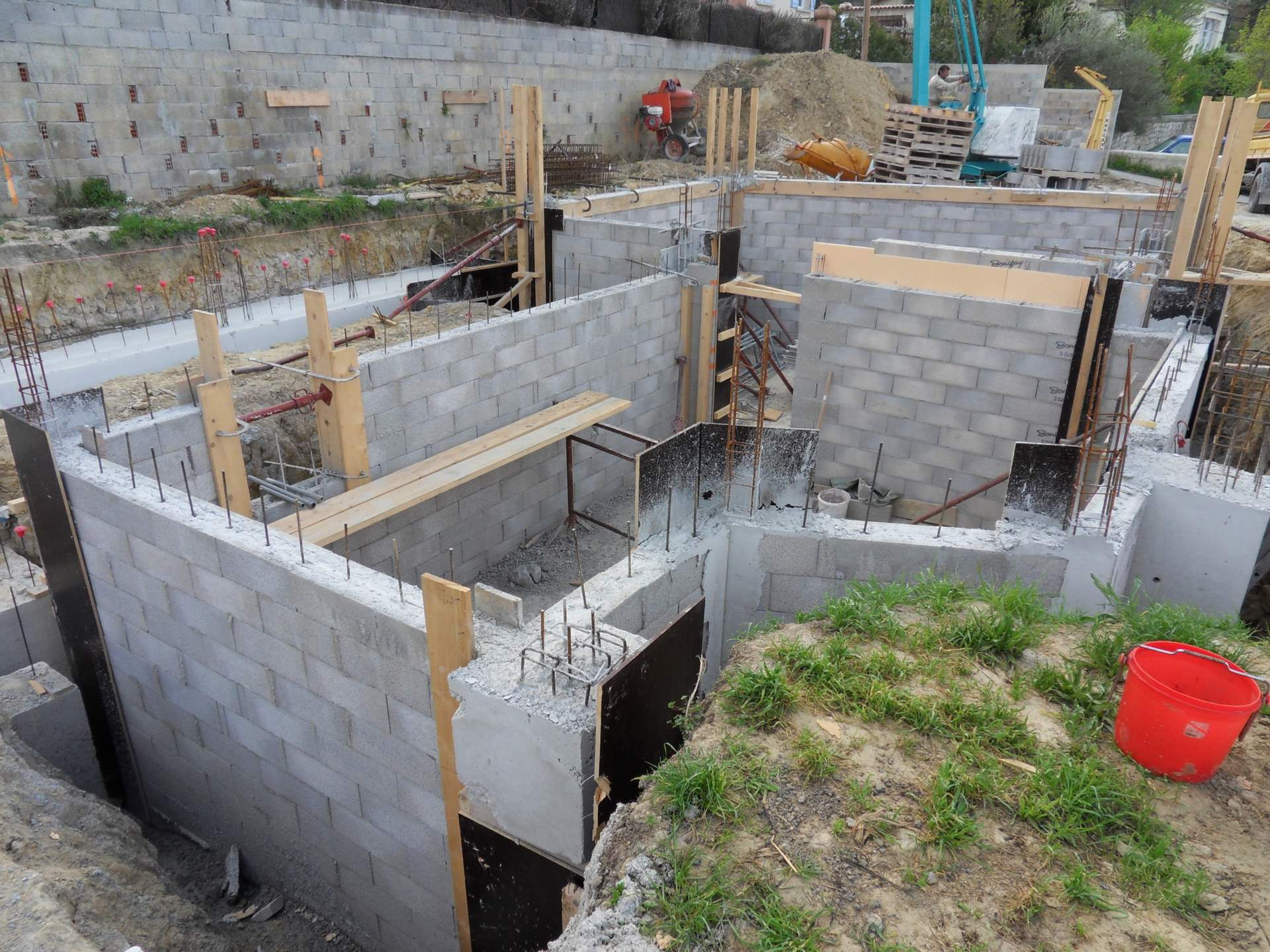 architecte bouche du rh ne construction d 39 une maison. Black Bedroom Furniture Sets. Home Design Ideas